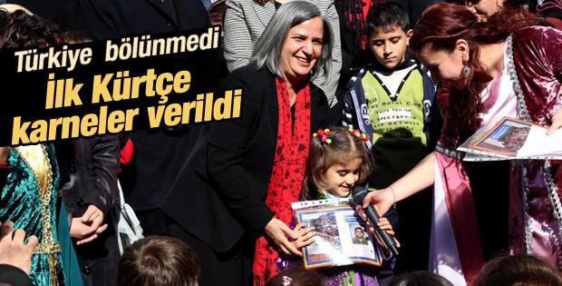 Diyarbakır'da ilk kez Kürtçe karne verildi