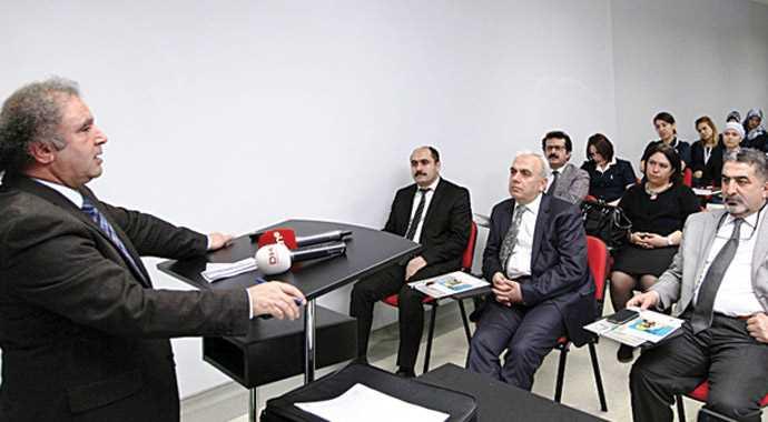 Van'da doktorlar Kürtçe öğreniyor
