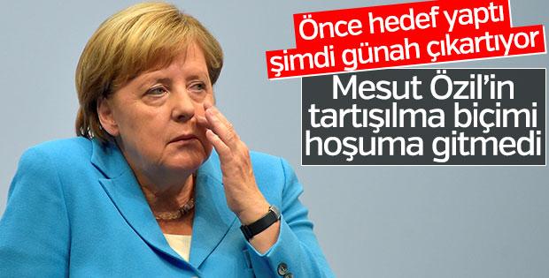 Merkel, Mesut Özil tartışmalarında geri vites yaptı