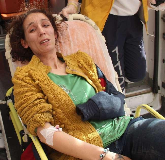 Adana'da bir kadın kocasının kulağını kesti