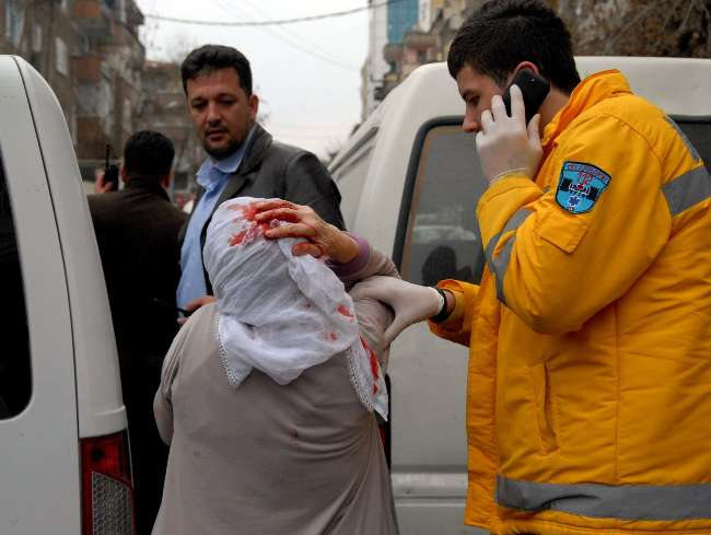 Diyarbakır'da park etme kavgası kanlı bitti: 5 yaralı