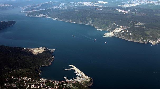 İstanbul'da 3. köprü için yapılan yolun havadan görüntüsü -izle