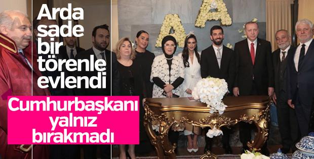 Arda Turan evlendi