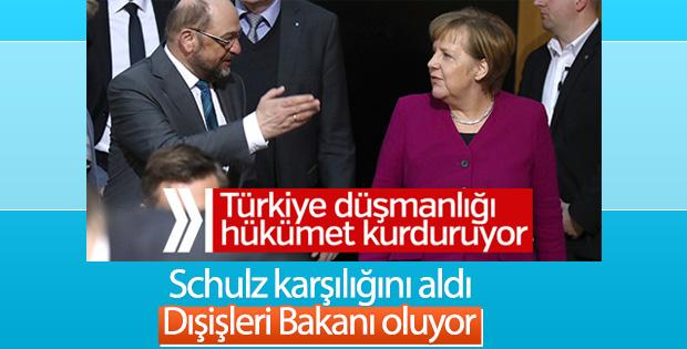 Schulz Almanya Dışişleri Bakanı olacak