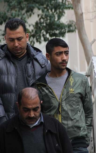 Adana'da arsız hırsız gazetecilerden fotoğraf istedi