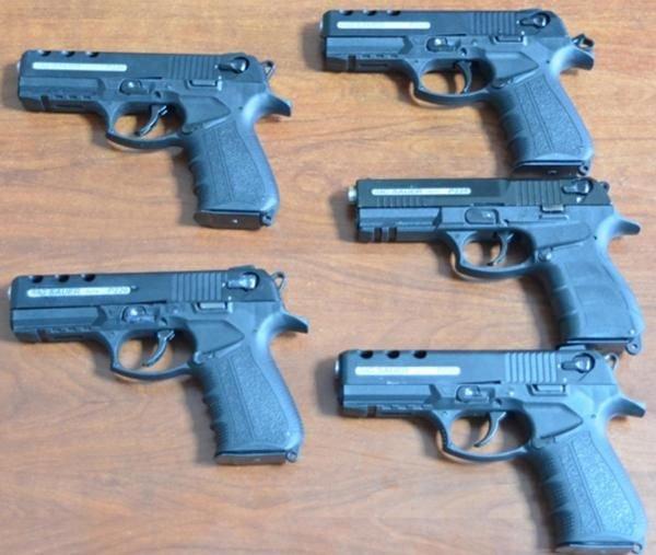 Aydında Aracında 5 Silah Bulunan Kişi Gözaltına Alındı