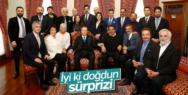 Sanatçılar Erdoğan'ın doğum gününü kutladı