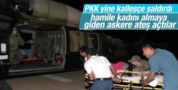 Mehmetçik PKK'lılar saldırırken hasta taşıdı