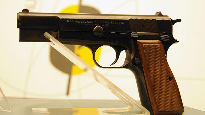 Ağca'nın Papa'yı vurduğu tabanca ilk kez gün yüzüne çıktı
