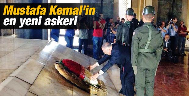 Ekmeleddin İhsanoğlu Anıtkabir'i ziyaret etti İZLE