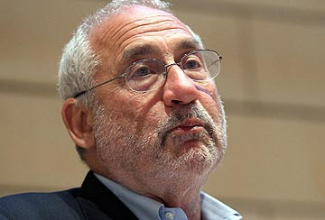 Ünlü ekonomist Joseph Stiglitz'dan durgunluk uyarısı
