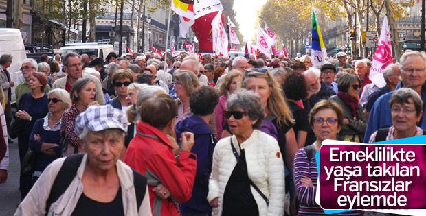 Fransa'da emekliler eylemde