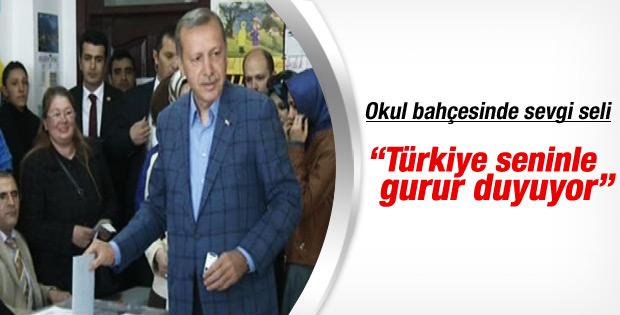Başbakan Üsküdar'da oyunu kullandı İZLE