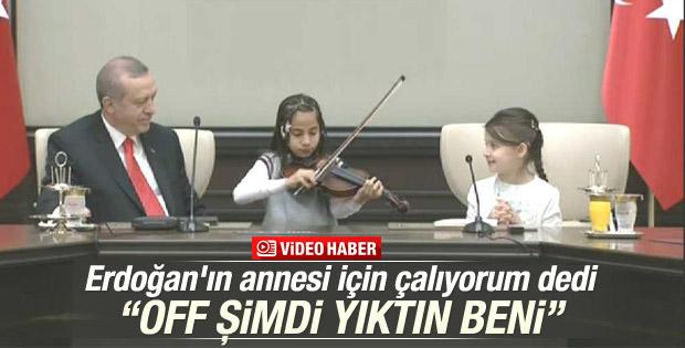 Cumhurbaşkanı Erdoğan'a minik müzisyenden keman sürprizi