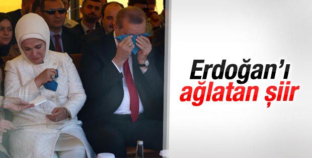 Arnavutluk'ta Cumhurbaşkanı Erdoğan'ı duygulandıran şiir