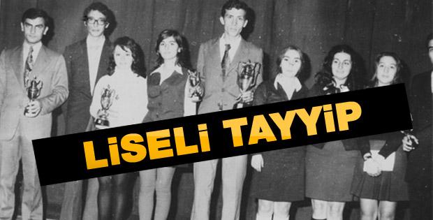 Erdoğan'ın şiir yarışmasındaki fotoğrafı