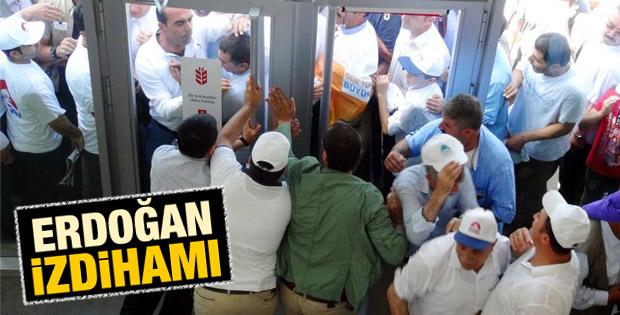 Şanlıurfa'da Erdoğan'a bağış için yarıştılar