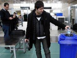 17ae200fcd95c Havaalanlarında sıvı kısıtlaması uygulaması başladı
