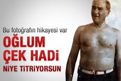 Kendi çektiği Atatürk fotosuna gözü gibi bakıyor
