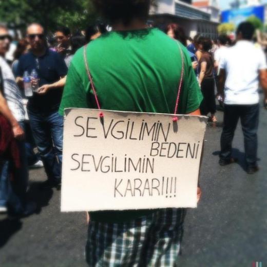 Kadınlardan Kadıköy'de kürtaj protestosu