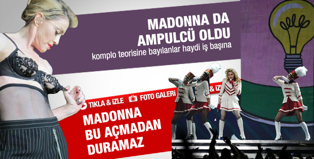 Madonna konserde göğüslerini gösterdi - Galeri