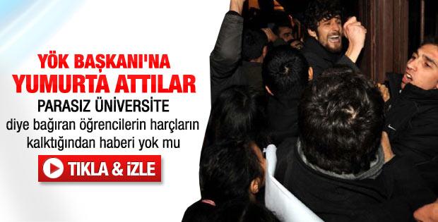Boğaziçi'nde YÖK Başkanı'na yumurtalı protesto