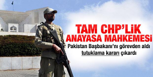 Pakistan hükümeti düşürüldü