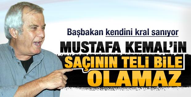 Tarık Akan: Atatürk'e hakaret ediliyor kahroluyorum