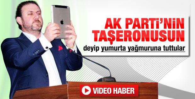 Yiğit Bulut'a yumurtalı protesto - Video