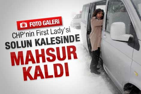 Kılıçdaroğlu'nun eşi mahsur kaldı