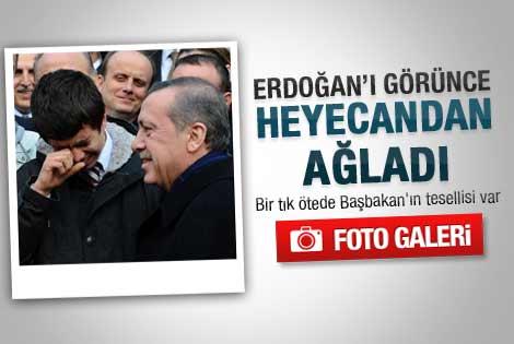Erdoğan'ı görünce sevinçten ağladı