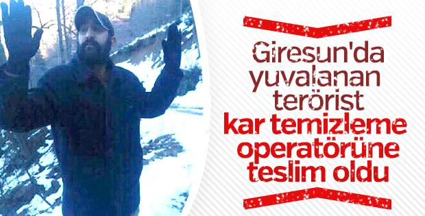 Giresun'da bir terörist iş makinesinin operatörüne teslim oldu