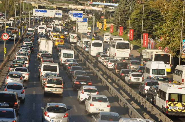 Türkiye'de araç sayısı bir çok ülkenin nüfusundan fazla