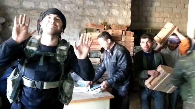 Suriye'de cephanelik ele geçirildi