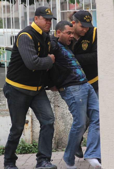 Adana'da gasp çetesine baskın: 13 kişi gözaltında