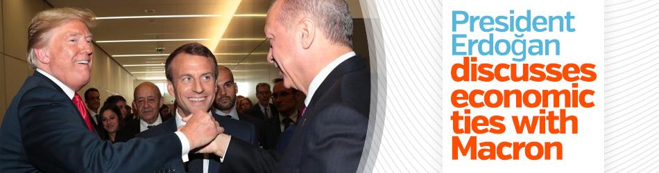 President Erdoğan discusses economic ties with Macron