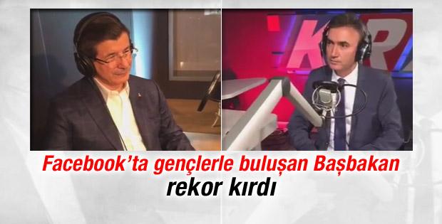 Başbakan Davutoğlu Fecebook'ta vatandaşlarla buluştu