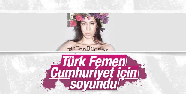 Türk FEMEN Can Dündar için soyundu