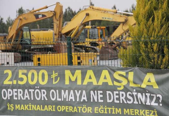 Adana'da bir firma iş makinesi operatörü bulamadı