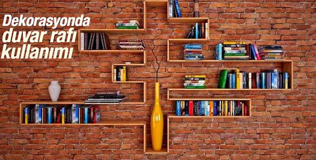 Dekorasyonda duvar rafı kullanımı