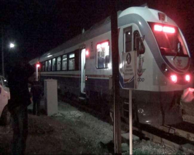 Hızlandırılmış tren yolda kaldı