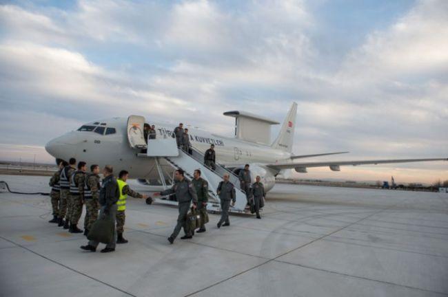 Türkiye'nin gökyüzündeki gözü ihbar ve kontrol uçağı