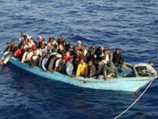 İzmir'de 23 kaçak göçmen yakalandı