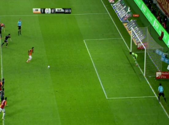 Galatasaray-Beşiktaş derbisinde Selçuk'un golü