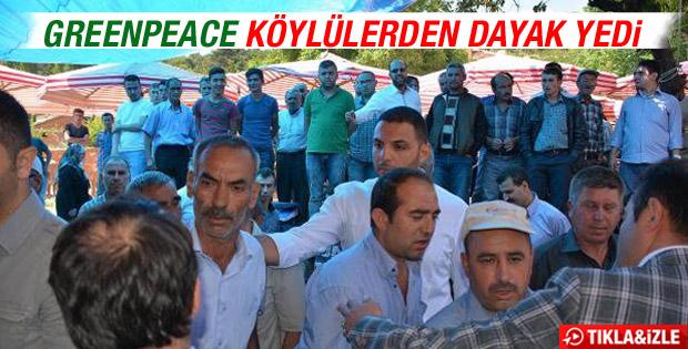 Soma'da köylüler Greenpeace üyelerini kovdu İZLE
