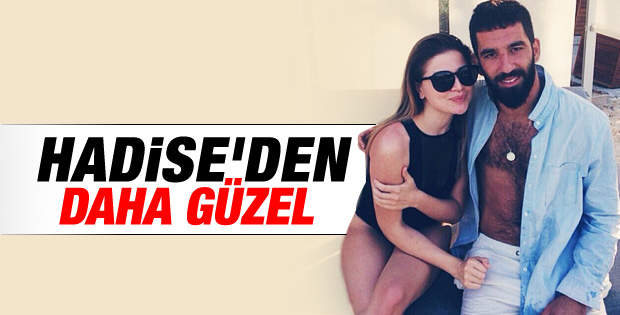 Arda Turan Hadise'nin kardeşiyle poz verdi İZLE
