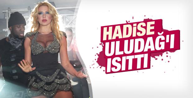 Hadise Uludağ'da konser verdi İZLE