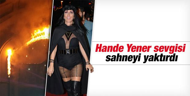Hande Yener konserinde yangın