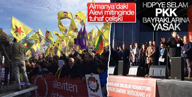 Almanya'daki Alevi mitinginde Öcalan posteri gerginliği