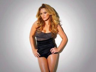 Hilary Duff falcıya gitti kocasını boşadı